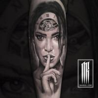 татуировка девушка